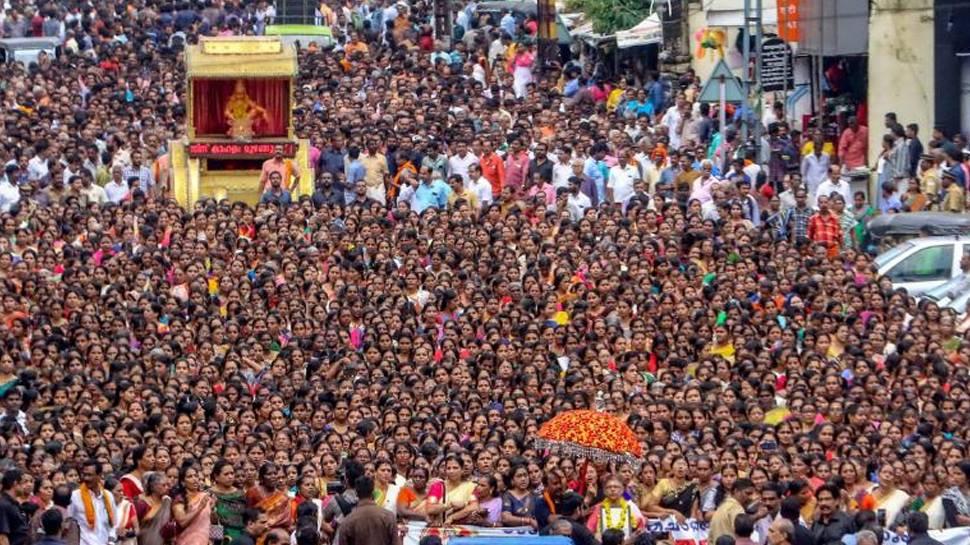ശബരിമല സ്ത്രീ പ്രവേശനം: കേരളമാകെ പ്രതിഷേധ തരംഗം