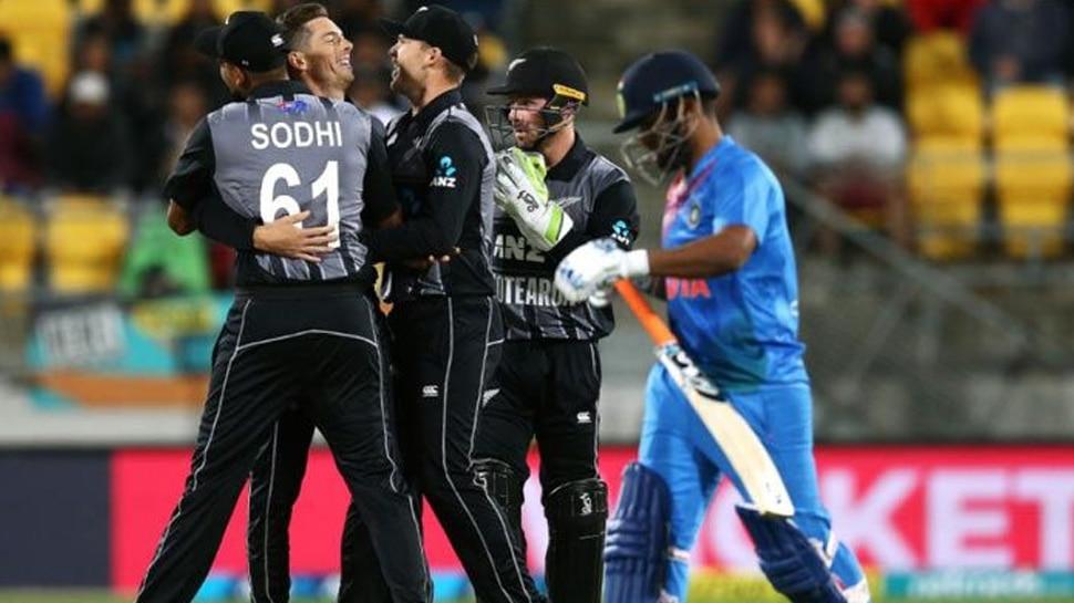 IND vs NZ: ആദ്യ മത്സരത്തില് ദയനീയ തോല്വി ഏറ്റുവാങ്ങി ഇന്ത്യ!!