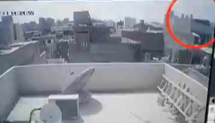 Viral Video: പാക്കിസ്ഥാന് വിമാനം തകര്ന്നു വീഴുന്നതിന്റെ CCTV ദൃശ്യങ്ങള്, മരണം 97