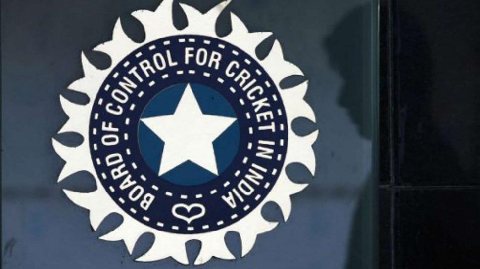 IPL 2020: ആശങ്കയേറുന്നു.. ബിസിസിഐ മെഡിക്കൽ ഓഫീസർക്കും കൊറോണ..!