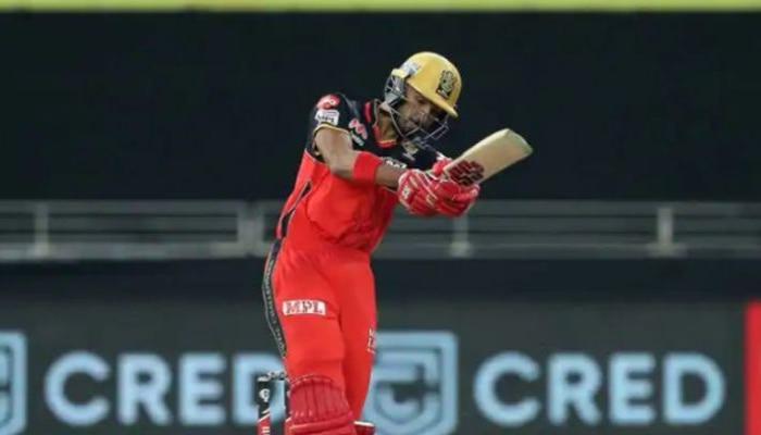 IPL 2020: ടോസ് നേടിയ ബാംഗ്ലൂരിന് മികച്ച തുടക്കം