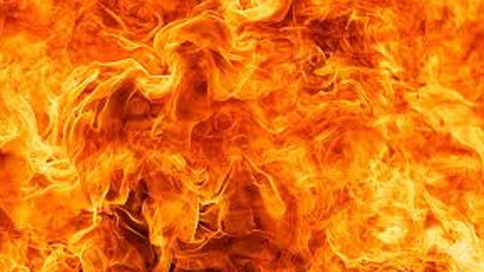 Fire Accident: എടയാറിൽ വൻ തീപിടുത്തം, കോടികളുടെ നാശനഷ്ടം