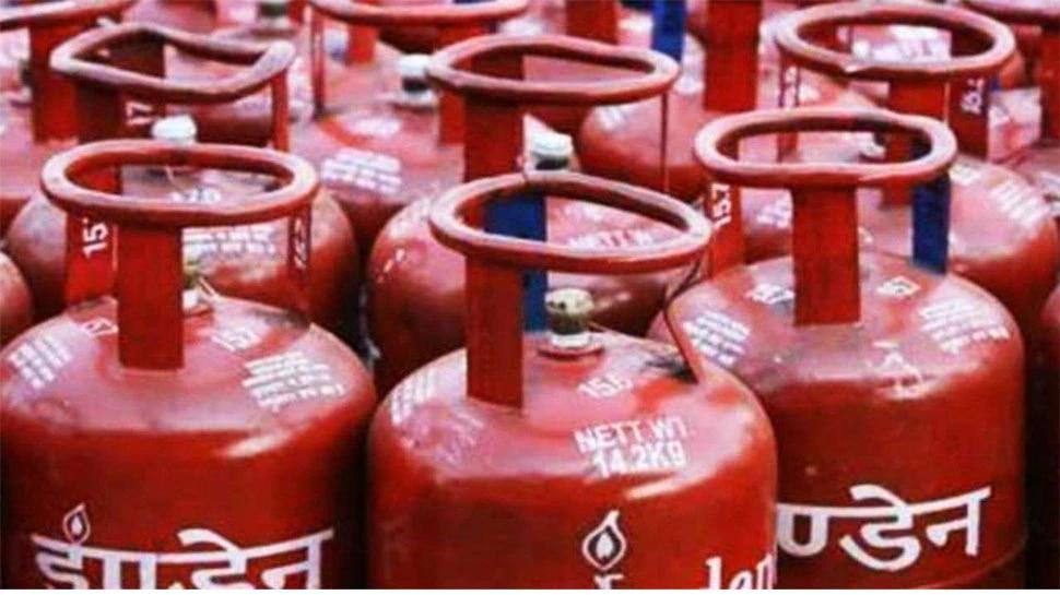 LPG Special Offer: വിലകുറഞ്ഞ Cylinder വാങ്ങാനുള്ള സുവർണ്ണാവസരം; അറിയൂ സ്പെഷ്യൽ ഓഫർ