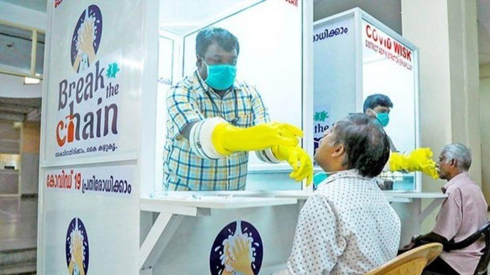 Kerala COVID Update : സംസ്ഥാനത്ത് അതീവ ആശങ്ക, കോവിഡ് മരണ നിരക്ക് നൂറിനരികെ, ടെസ്റ്റ പോസിറ്റിവിറ്റി 30 ശതമാനം