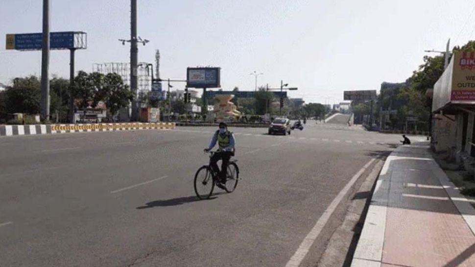 Triple Lockdown : തൃശൂർ ജില്ലയിൽ മരണം, ചികിത്സ എന്നിവയ്ക്കല്ലാതെ പുറത്തിറങ്ങാൻ പാടില്ല, അറിയാം ജില്ലയിലെ ബാക്കി ട്രിപ്പിൾ ലോക്ഡൗൺ നിയന്ത്രണങ്ങൾ