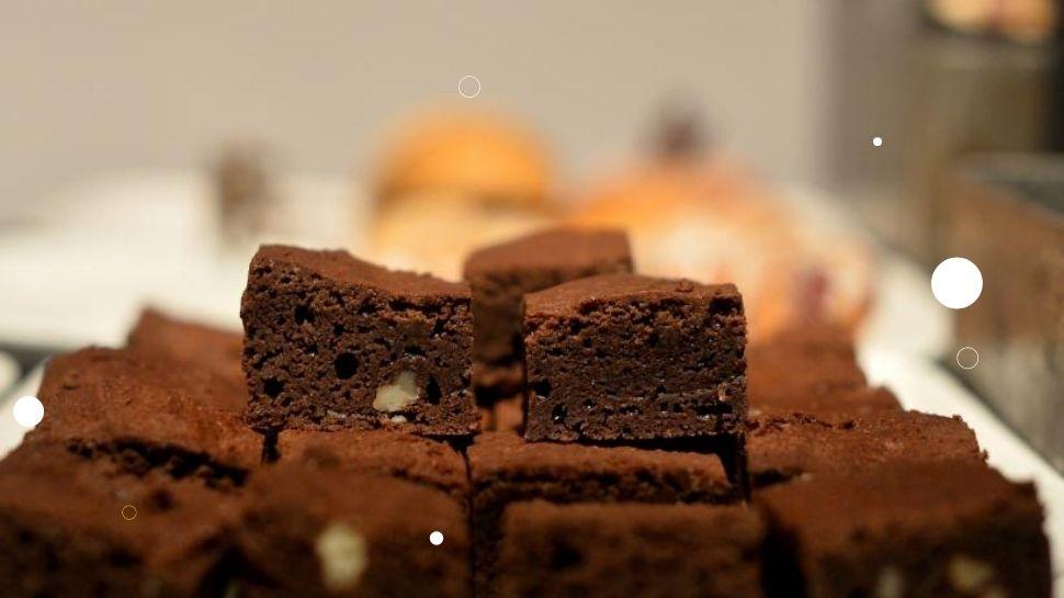 Choclate Brownie Recipe : ചുറ്റിലും ചോക്ളേറ്റ് പൊതിഞ്ഞ ബ്രൗണി ഉണ്ടാക്കാം കുറഞ്ഞ ചിലവിൽ, ഒന്നല്ല ഒമ്പതെണ്ണം കഴിക്കാം