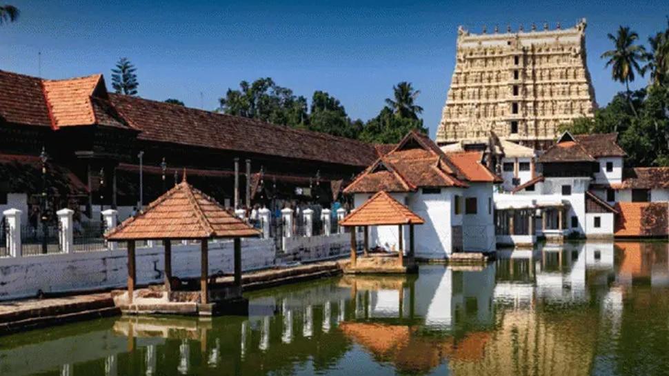 Kerala Unlock : സംസ്ഥാനത്ത് ലോക്ഡൗണിന് ശേഷം ആരാധനാലയങ്ങൾ തുറന്നു; കടുത്ത നിയന്ത്രണങ്ങളൊടെ ഭക്തർക്ക് പ്രവേശനം