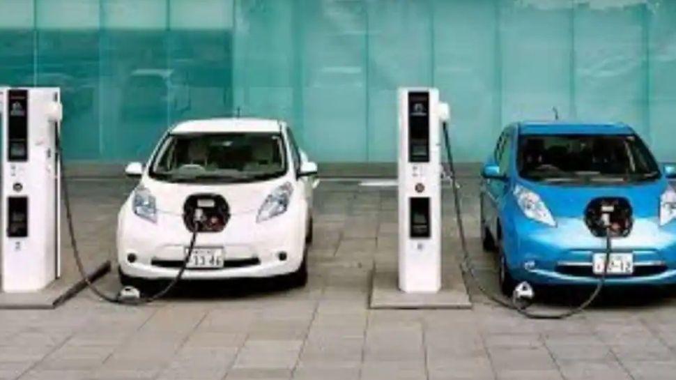 Electric Vehicle Charging : നവംബറോടെ കേരളത്തിൽ എല്ലാ ജില്ലകളിലും വൈദ്യുതി വാഹന ചാർജിങ് സ്റ്റേഷനുകൾ സജ്ജമാകും