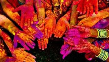 കൊറോണ ഭീതിക്കിടയിലും ഹോളി ആഘോഷിച്ച് രാജ്യം