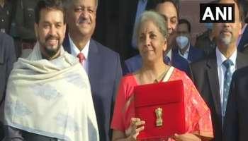 Union Budget 2021: ഇത്തവണ ഡിജിറ്റൽ ബജറ്റ്; 'Bahi Khata'യിൽ നിന്ന് Tablet ലേക്ക് മാറി FM Nirmala Sitaraman