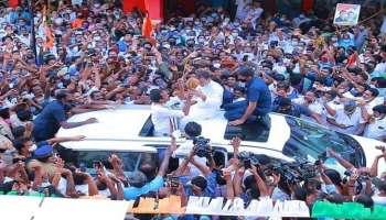 Kerala Election 2021 : പിറവത്തെ ഇളക്കി മറിച്ച് രാഹുൽ ഗാന്ധിയുടെ റോഡ് ഷോ
