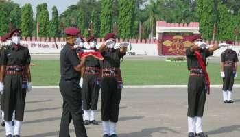 Indian Army Para Commandos: പാരച്യൂട്ട് റെജിമൻറിൻറെ പുതിയ ബാച്ചിൻറെ പാസിങ്ങ് ഒൗട്ട് പരേഡ്