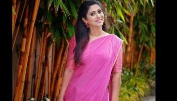 Singer Ranjini Jose Latest Pics: രഞ്ജിനിക്ക് ചെറിയൊരു മാറ്റം വന്നു, അതാണ് പുതിയ ലുക്കിന് പിന്നിൽ