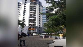 PWD Secretary ആനന്ദ് സിംഗിന്റെ മകൾ ഫ്ലാറ്റിൽ നിന്ന് വീണ് മരിച്ചു
