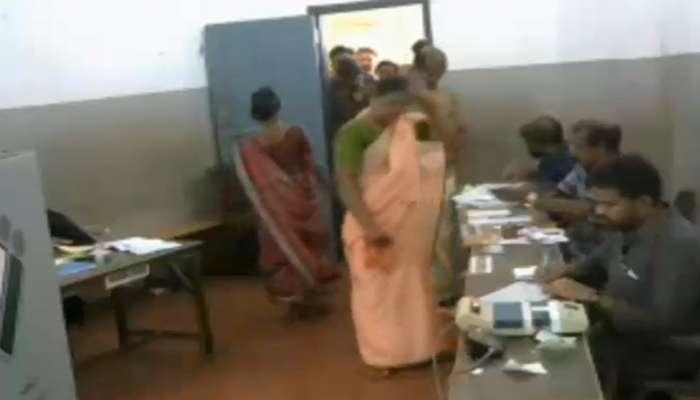 കാസര്ഗോഡ് മണ്ഡലത്തില് കള്ളവോട്ട്; ഗുരുതര ആരോപണവുമായി കോണ്ഗ്രസ്